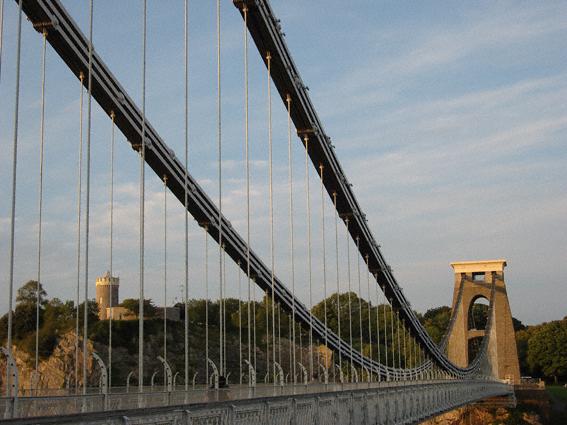 Wahrzeichen und imposantes Bauwerk: Die Clifton Suspension Bridge. (c) Pohl