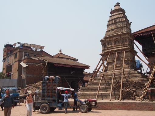 Nepal nach dem Erdbeben: Der Durbar Square in Bhaktapur. (c) Pohl