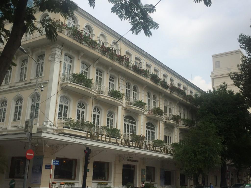 Ein Stück Frankreich in Vietnam: Das Continental Hotel in Ho Chi Minh City. (c) Pohl