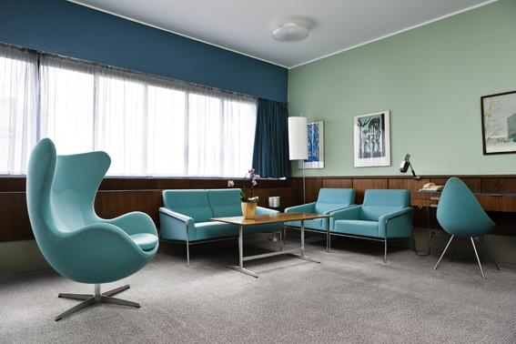 Das Design gewordene Zimmer: DIe Jacobsen-Suite 606 im Radisson Blu Royal Hotel ist bis heute im Stile der ersten Entwürfe eingerichtet. (c) Radisson Blu
